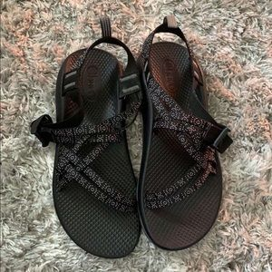 Chacos Size 6